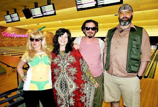 Les fans de «The Big Lebowski» se sont déguisés pour fêter les 20 ans du film au Hollywood Bowl de