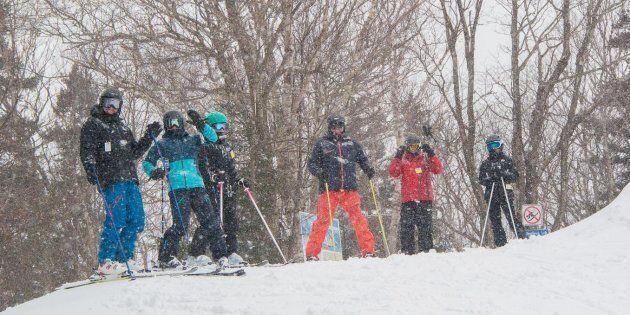 La neige avait déjà ramené les sourires et le bonheur à ces skieurs au Mont Sutton en Estrie jeudi