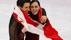 Tessa Virtue et Scott Moir honorés au match des Maple