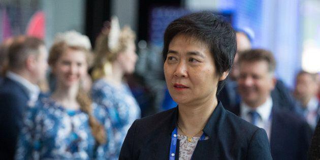 La Chinoise Fang Liu reconduite à la tête de