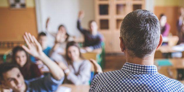 Pénurie d'enseignants: les conditions s'améliorent, affirme le ministre