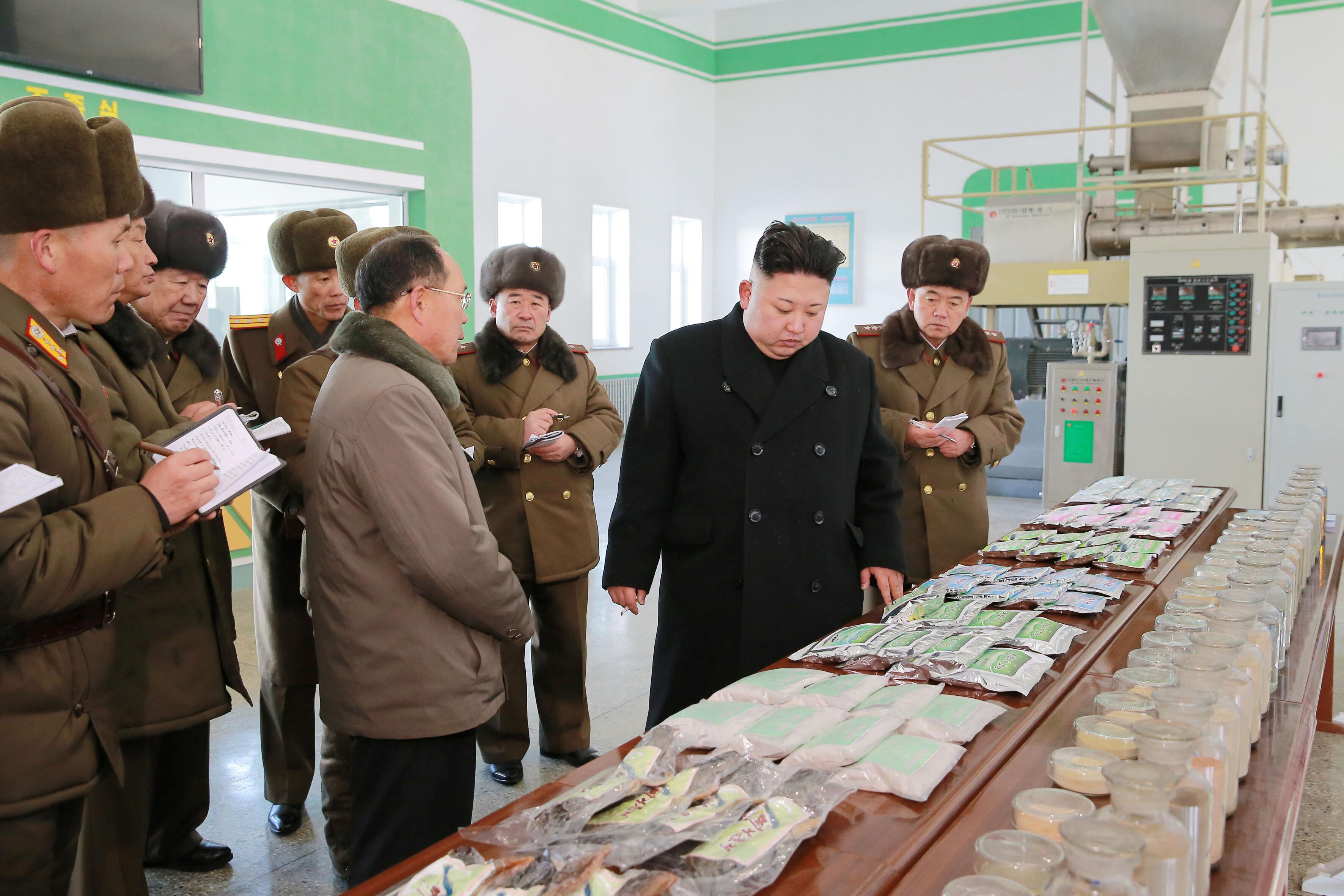 Βόρεια Κορέα: Ο Κιμ μειώνει τις μερίδες φαγητού σε 300 γραμμάρια την ημέρα ανά