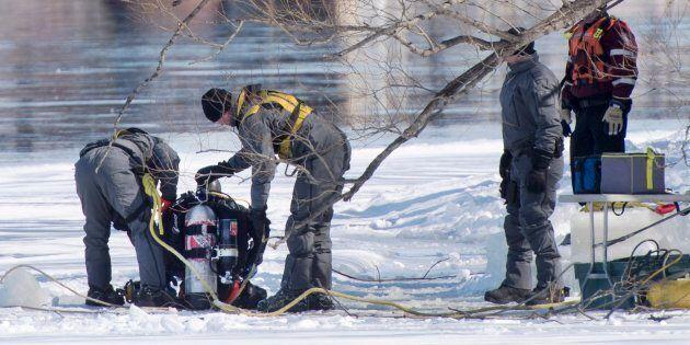 Des plongeurs de la police ont fouillé la rivières des Prairies au cours des deux derniers