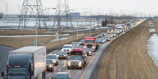 Une nouvelle coalition pour régler la congestion sur l'autoroute