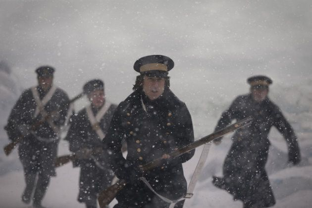 Tobias Menzies dans le rôle du capitaine James