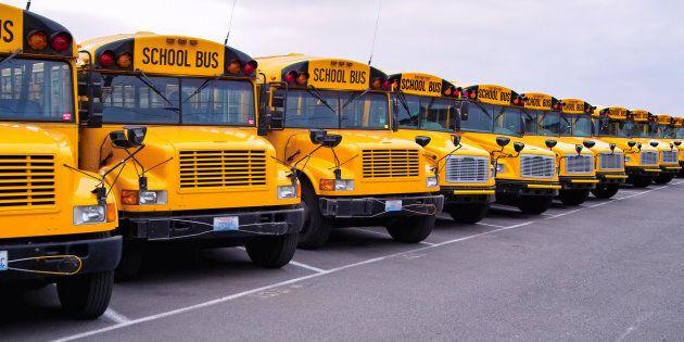 Grève générale illimitée de chauffeurs d'autobus d'écoliers le 9