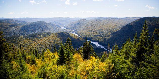 La protection de notre territoire et de notre environnement devrait relever des lois