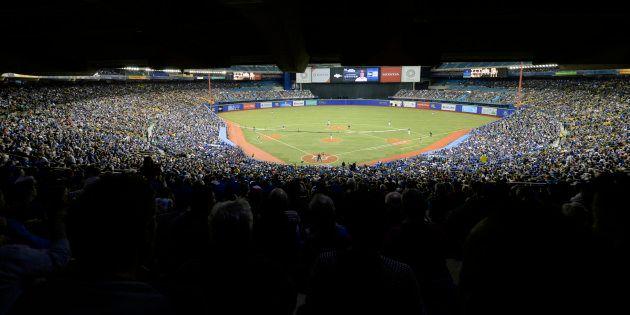 Lundi, 25 335 spectateurs se sont déplacés au Stade olympique pour voir les Blue Jays affronter les Cardinals...