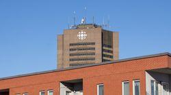 Radio-Canada commence à donner des objets patrimoniaux aux