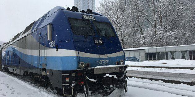 Trois scénarios étudiés pour que le REM ne bloque pas le train de