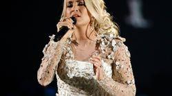 Carrie Underwood montre son visage à la suite de son