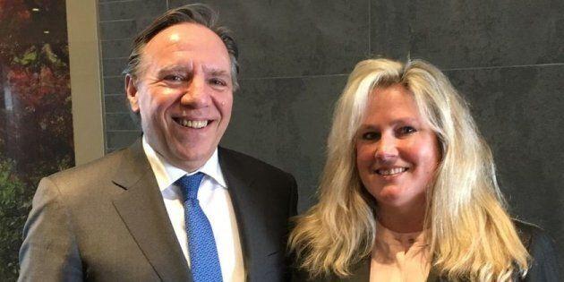 L'ancienne candidate dans Nelligan, Karen Cliffe, aux côtés du chef François