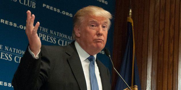 Donald Trump dénonce le cours «artificiellement» élevé du