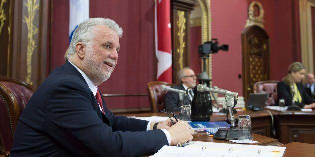 Le premier ministre Philippe Couillard lors de l'étude des crédits budgétaires à la Commission des