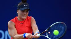 Andreescu remplace Abanda lors du premier match de simple en Fed