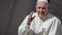Le Parlement invite le pape François à demander pardon aux