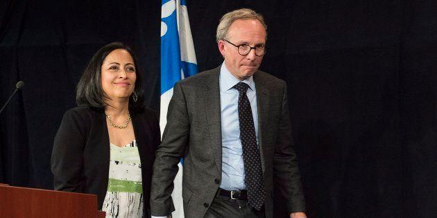 Martin Coiteux (droite) et sa femme