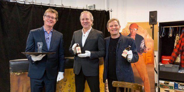 Les comédiens de «Broue» donnent décors et costumes au Musée de la