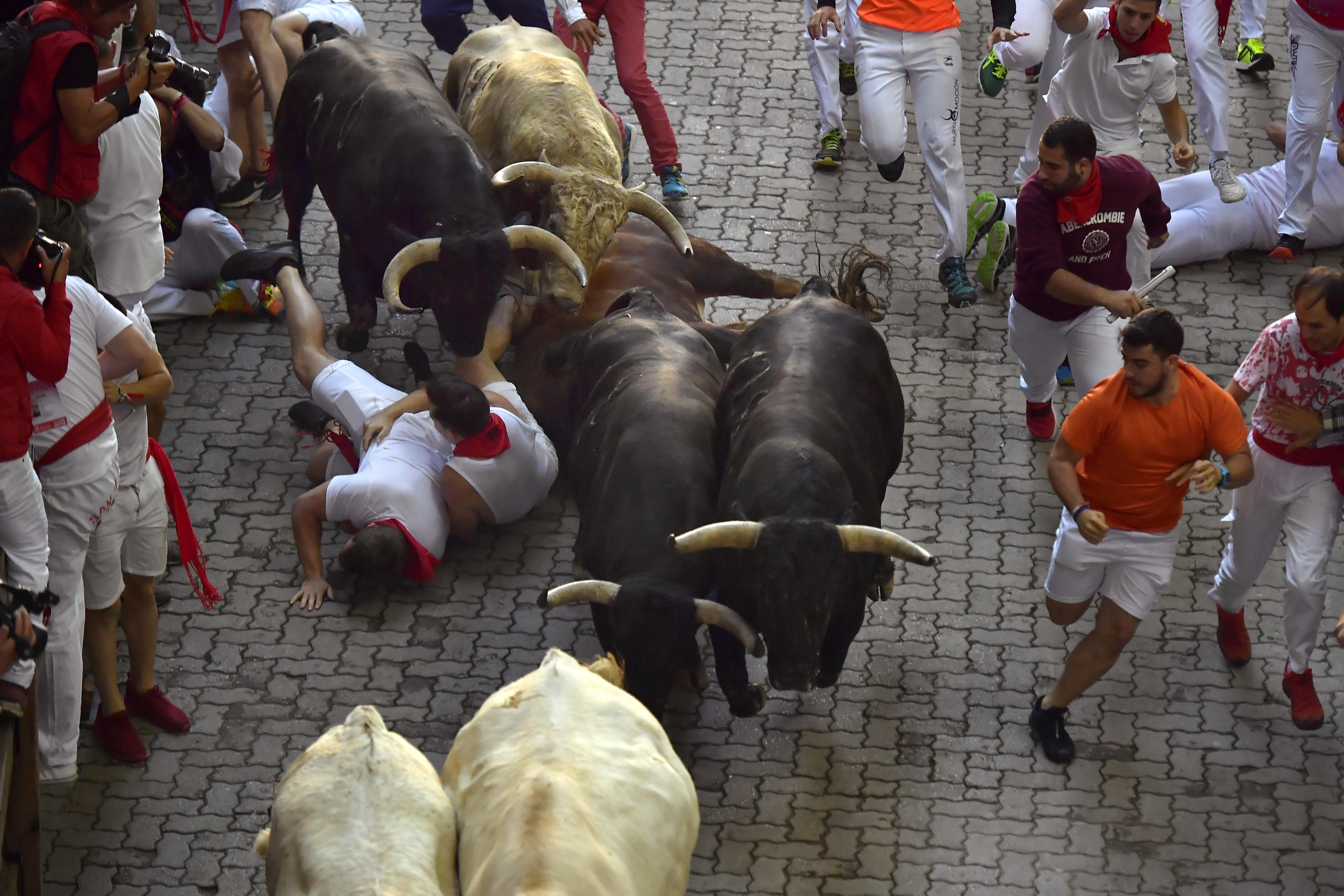 Ισπανία: 19χρονος έχασε την ζωή του από ταύρο στο Φεστιβάλ του Σαν Βιθέντε