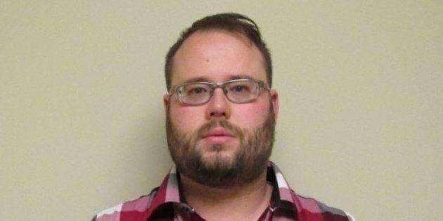 Laurentides: Simon Drouin, 33 ans, aurait abusé sexuellement d'environ 70