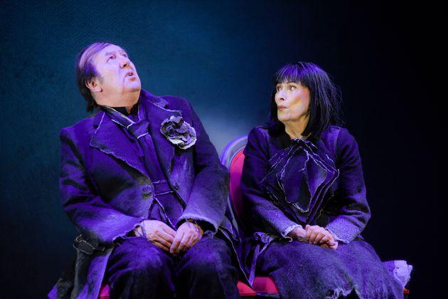«Les Chaises» au Théâtre du Nouveau