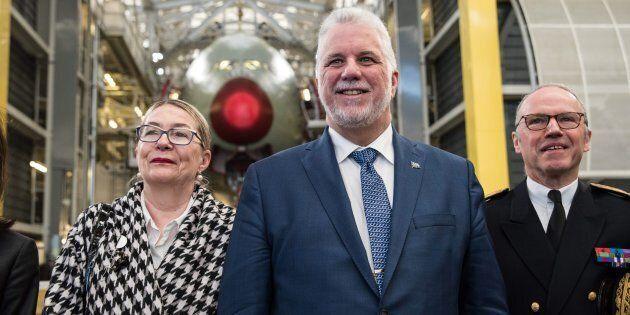 Le premier ministre Philippe Couillard en compagnie de son épouse Suzanne