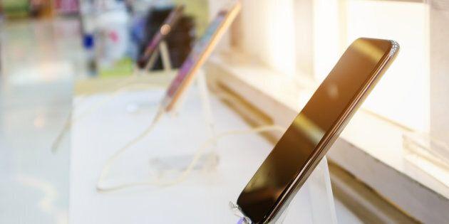 Voici comment faire pour céder son contrat de cellulaire sans payer de