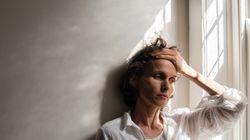 Pourquoi la sclérose en plaques attaque plus les
