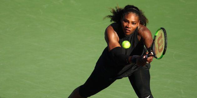 Serena Williams «punie» par Roland-Garros pour avoir eu un bébé, dénonce la presse