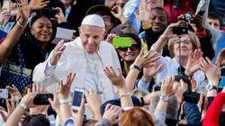 Tous les prêtres catholiques peuvent maintenant absoudre