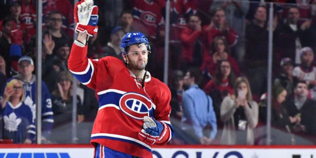 MONTREAL, QC - NOVEMBER 19: Alexander Radulov #47 of the Montreal Canadiens salutes the crowd after being...