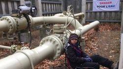 Des manifestantes bloquent l'accès au pipeline Trans-Nord à