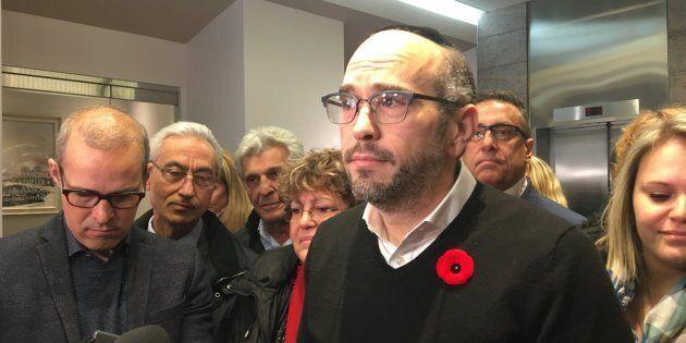 Lionel Perez et les élus d'Ensemble Montréal, quelques jours après la défaite électorale du 5