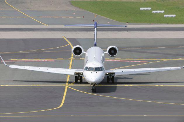 Photo d'archives d'un avion CRJ900 de