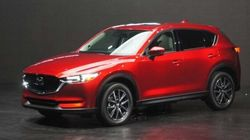Mazda dévoile le nouveau CX-5 2017 et annonce un moteur