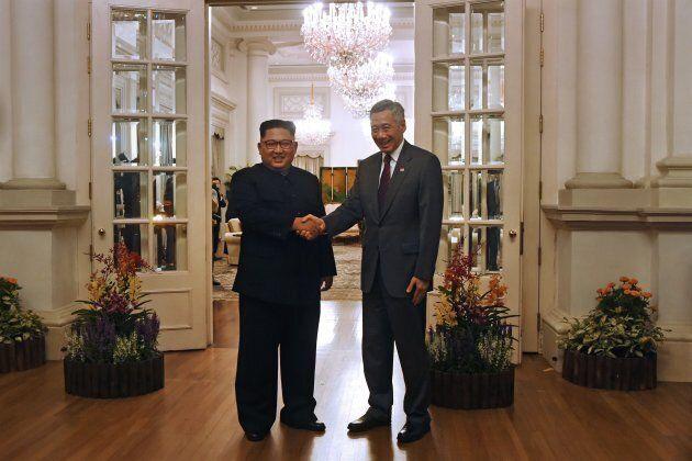 Kim Jong-un reçu par le premier ministre de Singapour Lee Hsien