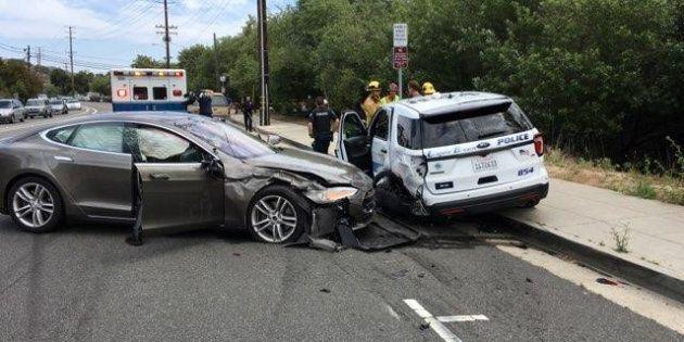 Tesla connaît des difficultés avec son système Autopilot qui a causé des accidents de la route ce