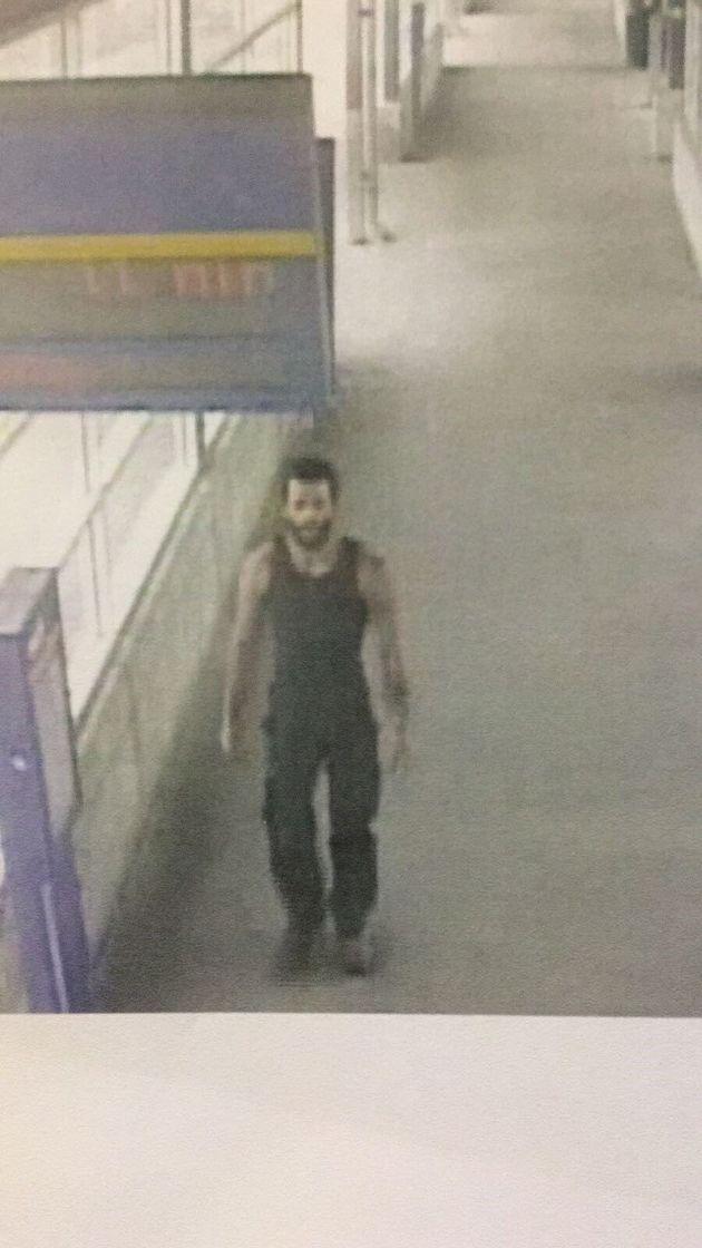 Le suspect du meurtre survenu à Laval a été aperçu à la station