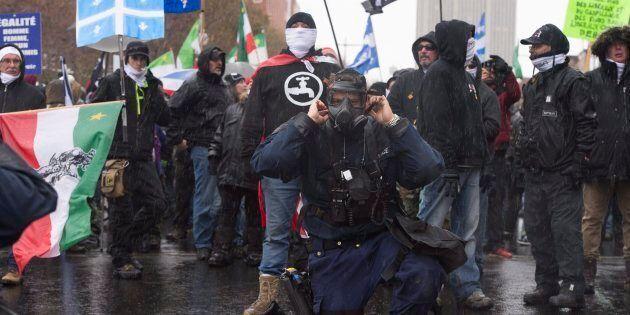 Une confrontation entre l'extrême droite et les antifascistes se prépare pour le 1er