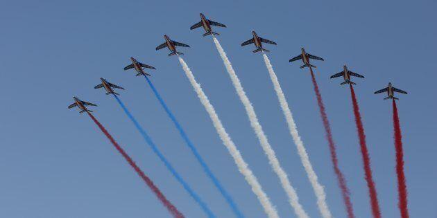 France: une erreur de couleur se glisse dans le défilé aérien du 14