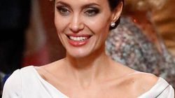 Angelina Jolie en met plein la vue à un évènement