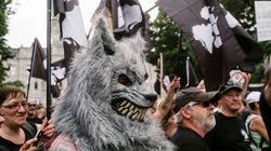 Manifestations pro et anti-immigration à Montréal et