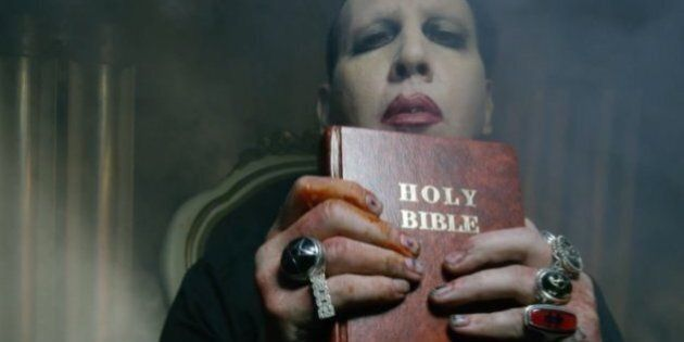 Voyez un sosie de Trump se faire décapiter dans le nouveau vidéoclip de Marilyn Manson