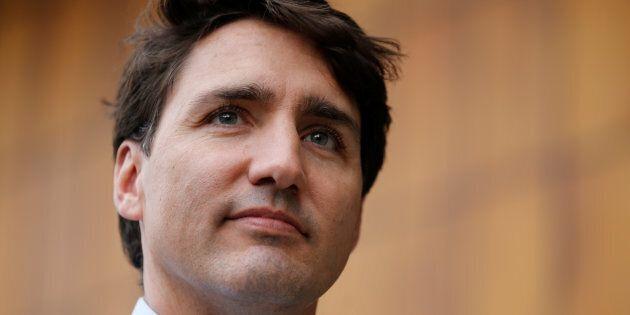 La journaliste accusant Justin Trudeau d'inconduite sexuelle sort de son