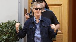 Paul McCartney traverse Abbey Road tout seul et c'est la