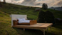 Cet hôtel éphémère suisse a poussé très loin le concept de nuit à la belle