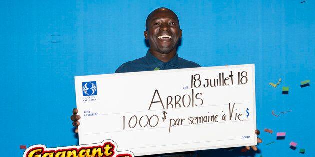 Il gagne le gros lot à «Gagnant à vie» en mai, mais attend ses vacances pour le