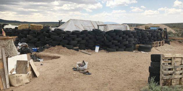 Onze enfants ont été rescapés d'un camp fortifié au beau milieu du désert du Nouveau-Mexique, le 3 août...