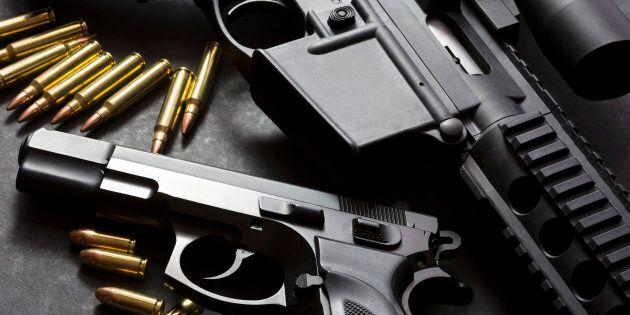 Montréal demande à Ottawa d'interdire la vente d'armes de poing et