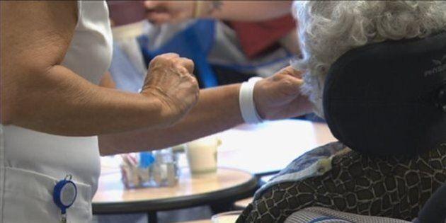 Six minutes pour nourrir des patients au Centre d'hébergement